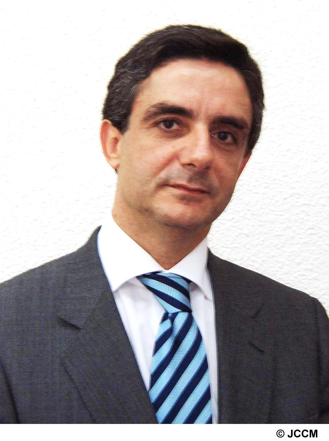 """El director del Instituto de Promoción Exterior de Castilla-La Mancha (IPEX), Javier Vega Morillas, asistirá mañana, día 3, como ponente al """"V Master en ... - grp08115013102003"""