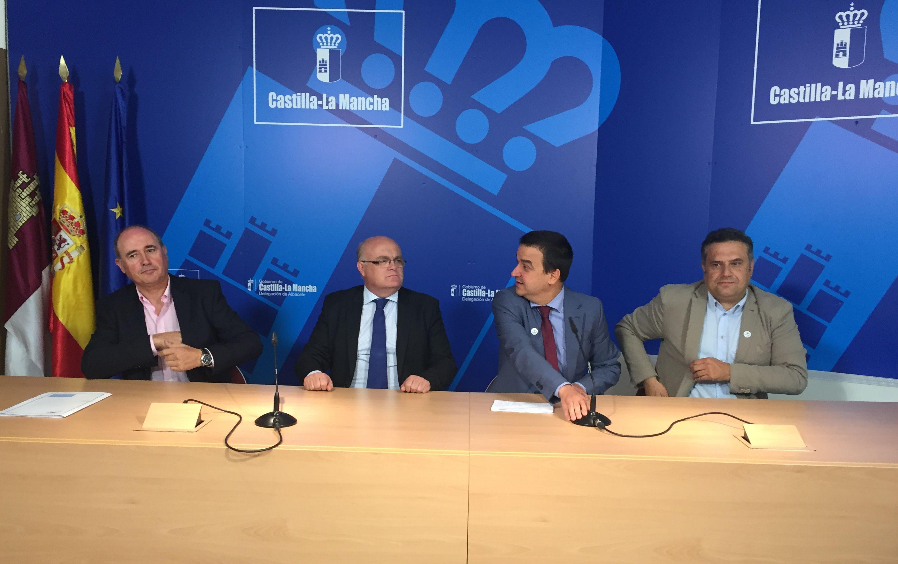 El gobierno regional se reunir con la ministra de for Canal castilla la mancha