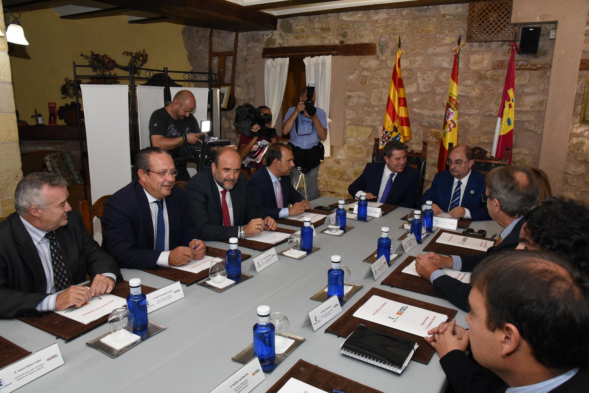 García-Page se reúne con el presidente de Aragón (II)