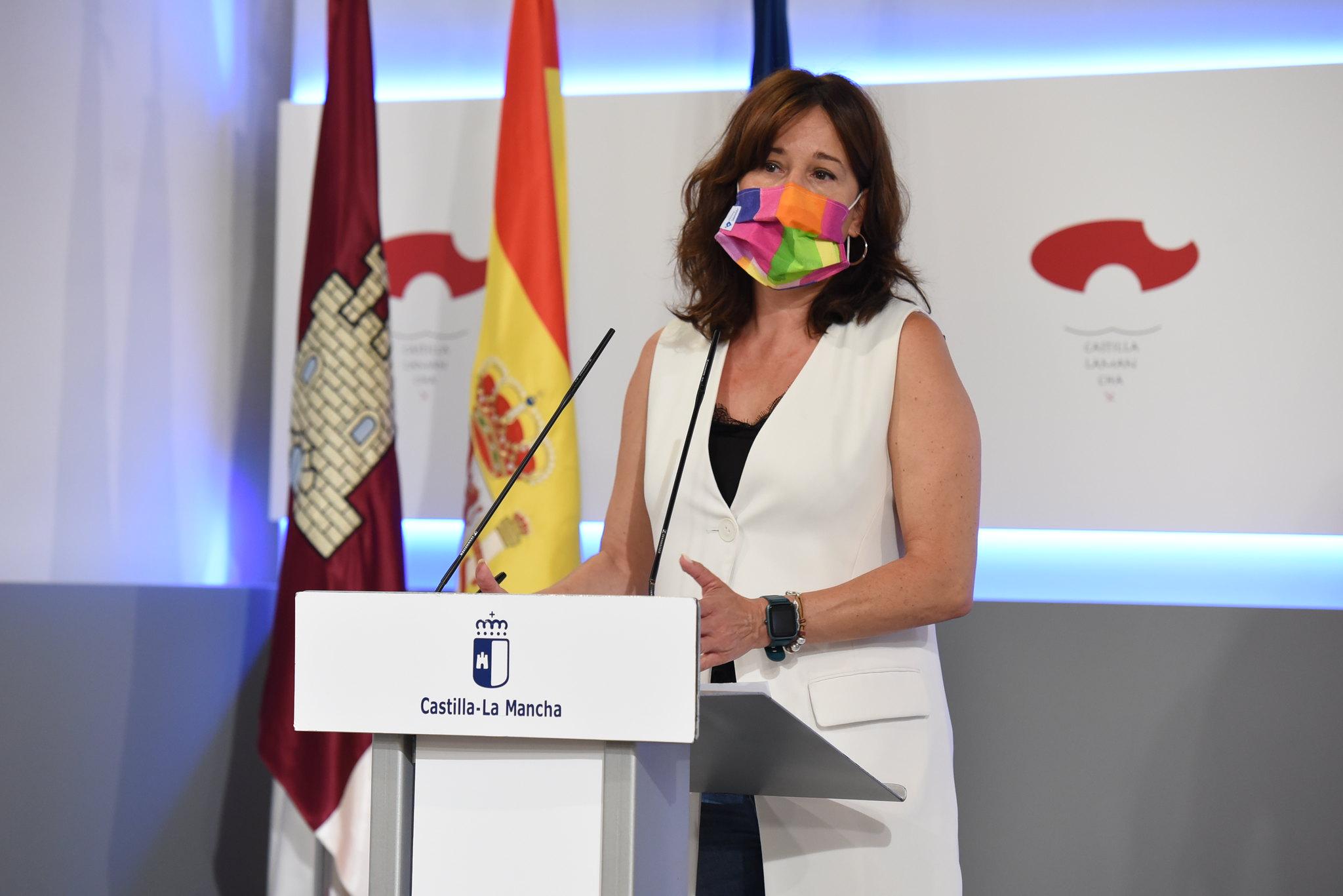 La consejera de Igualdad y Portavoz informa sobre los acuerdos del Consejo de Gobierno extraordinario