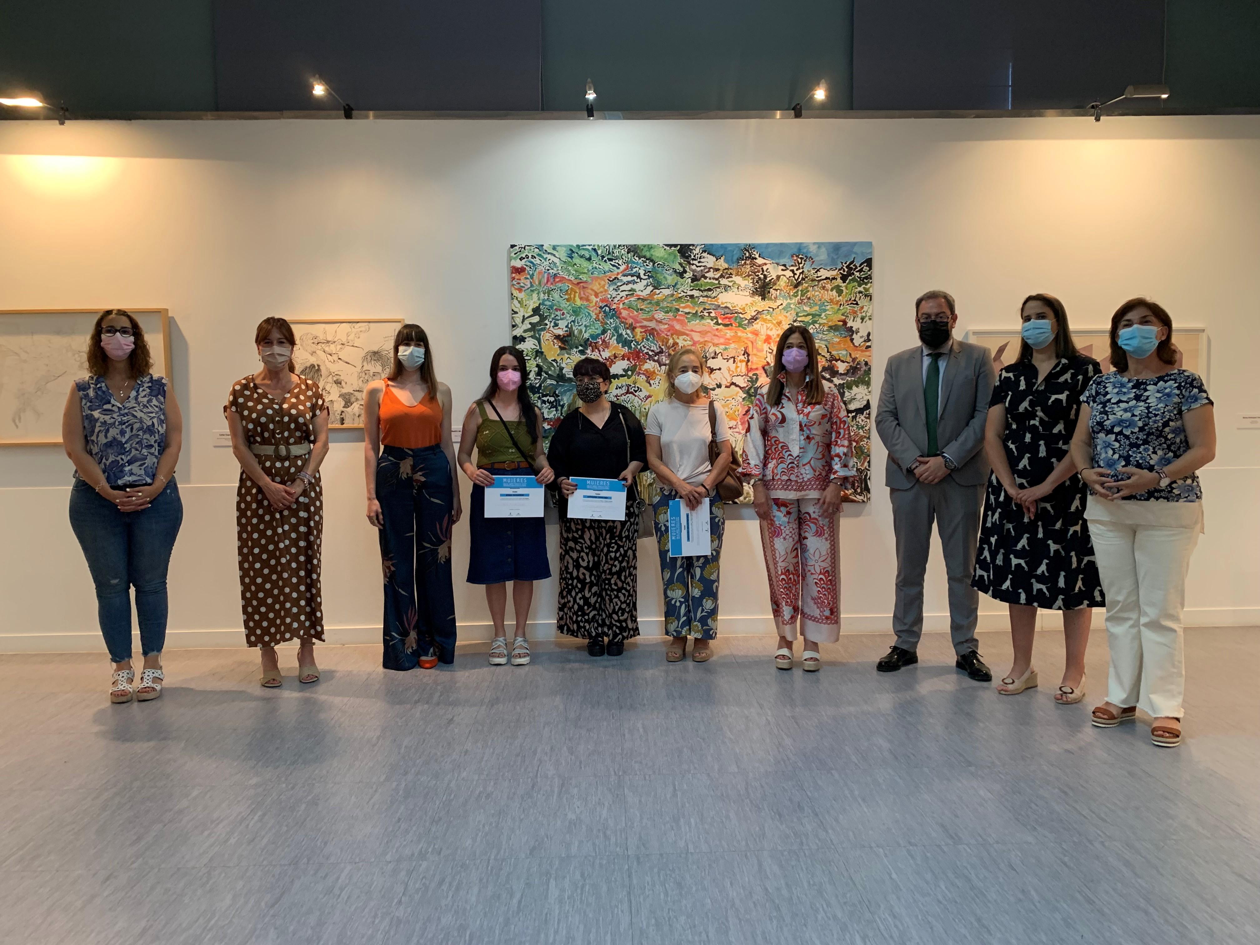 Inauguración y entrega de premios de la Muestra Mujeres Amalia Avia en Guadalajara.