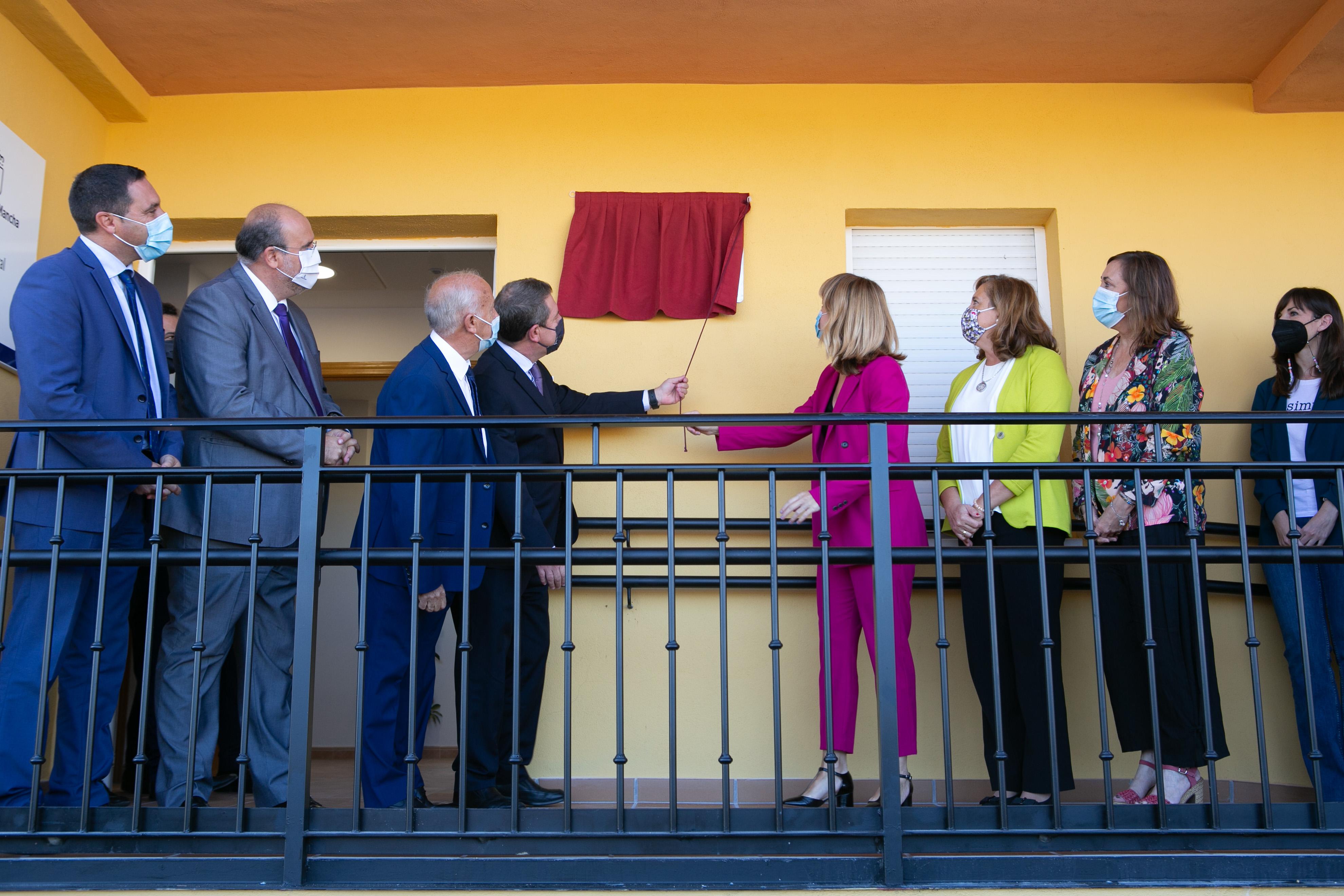 Inauguración de la Sección Escolar, dependiente del Colegio Rural Agrupado 'Elena Fortún' de Villar de Olalla (Educación)