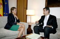 La presidenta Cospedal,con el alcalde de Guadalajara