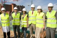 Lamata visita las obras que se realizan en el Hospital Universitario de Guadalajara.