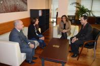 La consejera de Economía y el alcalde de Herencia abordan la aplicación del Plan Extraordinario por el Empleo
