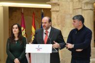 El presidente de Castilla-La Mancha, Emiliano García-Page, se ha reunido con todos los miembros de su equipo de Gobierno en la Junta de Comunidades, en el Palacio del Infante Don Juan Manuel del municipio conquense de Belmonte