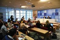 El Gobierno regional defenderá ante el Gobierno en funciones de Rajoy la jornada de 35 horas semanales de los empleados públicos