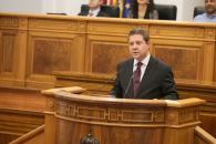El presidente de Castilla-La Mancha, Emiliano García-Page, interviene, en la primera sesión del Debate sobre el Estado de la Región que se celebra en las Cortes regionales