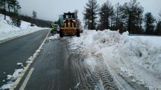 El Gobierno regional emplea casi 90 operarios para despejar la nieve en 550 kilómetros de carreteras en las provincias de Cuenca y Guadalajara