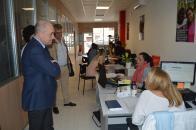 El viceconsejero de Empleo y Relaciones Laborales, Francisco Rueda, visita YMCA en Toledo El Gobierno de Castilla-La Mancha apuesta por la colaboración con entidades como YMCA para la mejora de la empleabilidad y la inserción laboral  El Programa de sub