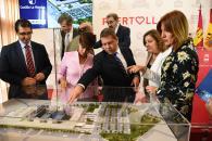 Presentación proyecto del futuro hospital de la ciudad industrial de Puertollano (Ciudad Real) (i)
