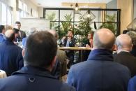 El consejero de Agricultura, Agua y Desarrollo Rural, Francisco Martínez Arroyo, participa en un encuentro con empresas del sector agroalimentario de Castilla-La Mancha