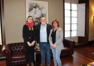 Reunión Ruiz Santos con la alcaldesa de Yeste, Cortes Buendía