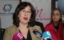 La consejera de Igualdad y portavoz del Gobierno regional, Blanca Fernández, inaugura la VI Edición de la Escuela de Pensamiento Feminista que se celebra bajo el título 'Economía feminista, justicia y sostenibilidad'.