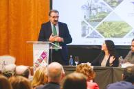 El consejero de Sanidad, Jesús Fernández Sanz participa en la inauguración de la jornada '120 años al servicio del Paciente'