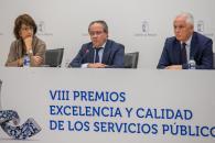El consejero de Hacienda y Administraciones Públicas, Juan Alfonso Ruiz Molina, ha entregado los VIII Premios a la Excelencia y Calidad en la Prestación de los Servicios Públicos en Castilla-La Mancha