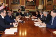 El consejero de Desarrollo Sostenible, José Luis Escudero, se reúne en la Diputación de Ciudad Real con su presidente, José Manuel Caballero