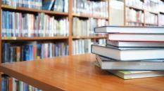 El Gobierno regional pone en marcha desde mañana un servicio de envío a domicilio de documentos de las bibliotecas móviles de Castilla-La Mancha