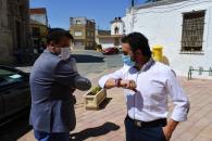 El consejero de Agricultura, Agua y Desarrollo Rural, Francisco Martínez Arroyo, visita las obras de mejora del abastecimiento de agua de Madrigueras
