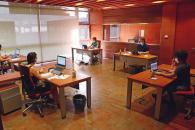 El Centro de llamadas para seguimiento de pacientes crónicos y dependientes de Castilla-La Mancha contacta con 500 personas al día