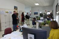 El consejero de Agricultura, Agua y Desarrollo Rural, Francisco Martínez Arroyo, y la consejera de Igualdad y portavoz, Blanca Fernández, visitan la Oficina Comarcal Agraria (OCA) de Talavera de la Reina