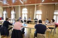 La consejera de Economía, Empresas y Empleo, Patricia Franco, ha comprometido el trabajo del Gobierno regional para tratar de que el ERTE de Repsol pueda reducir su afectación