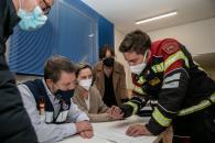 Emiliano García-Page SánchezSeguir Incendio en una nave industrial