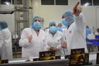 La consejera de Economía, Empresas y Empleo, Patricia Franco, visita las instalaciones de la empresa Helados Casty
