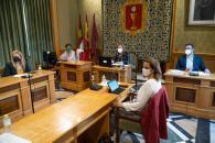 """El Gobierno regional pone a disposición de Cuenca """"los recursos humanos y materiales que sean necesarios"""" para la recuperación de la calle Canónigos"""