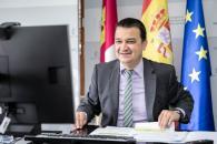 El consejero de Agricultura, Agua y Desarrollo Rural, Francisco Martínez Arroyo, toma parte en la International Bureau de la AREV (Asamblea de Regiones Europeas Vitícolas), presidida por Castilla-La Mancha, que se desarrolla por videoconferencia.
