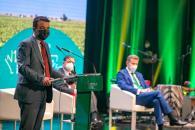 El consejero de Agricultura, Agua y Desarrollo Rural, Francisco Martínez Arroyo, inaugura el encuentro 'Rural Summit Agro', organizado por la Fundación Eurocaja Rural