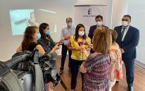 El Gobierno de Castilla-La Mancha avanza en la implantación del Servicio de videointerpretación en lengua de signos para personas sordas