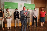 El consejero de Agricultura, Agua y Desarrollo Rural, Francisco Martínez Arroyo, inaugura la nueva sede de la Unión de Pequeños Agricultores (UPA) en Tomelloso