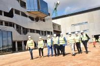 El vicepresidente de Castilla-La Mancha, José Luís Martínez Guijarro, visita las obras del nuevo hospital de la ciudad de Cuenca, en el camino del Terminillo.