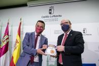 Firma de convenio de colaboración con la Academia Castellano-Manchega de Gastronomía