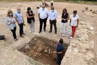 El vicepresidente de Castilla-La Mancha, José Luis Martínez Guijarro, visita el yacimiento de Noheda