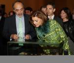 Cospedal inaugura las exposiciones 'La moda española en el siglo de oro' y 'La España de los Austrias'-3