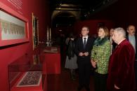 Cospedal inaugura las exposiciones 'La moda española en el siglo de oro' y 'La España de los Austrias'-9