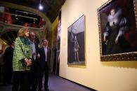 Cospedal inaugura las exposiciones 'La moda española en el siglo de oro' y 'La España de los Austrias'-12