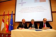 Leandro Esteban. Firma convenio con Consejo General Gestores Administrativos España II