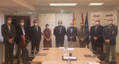 El Gobierno regional anima al tejido empresarial a usar las líneas de avales puestas a su disposición