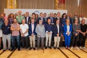 El presidente asiste a la tradicional comida de hermandad que la Asociación provincial de Empresarios de Cuchillería y Afines (APRECU)