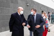 El presidente de Castilla-La Mancha, Emiliano García-Page, inaugura la nueva embotelladora de la cooperativa Virgen de las Viñas (Tomelloso)o