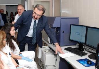 Sanidad mejora la capacidad diagnóstica del Servicio de Hematología del Hospital de Talavera con la incorporación de un nuevo citómetro