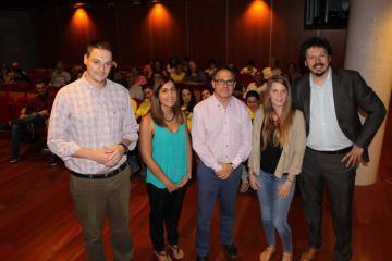 """El Gobierno regional reconoce el trabajo de """"integración social a través del ocio y la cultura"""" que desarrolla la entidad social CECAP Joven"""