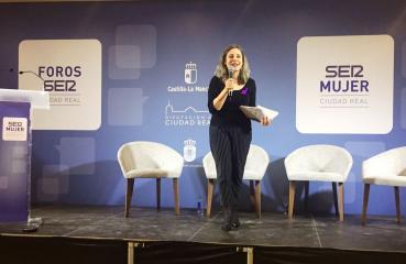 La directora del Instituto de la Mujer, Araceli Martínez, clausura el I Foro de Liderazgo Femenino 'SER Mujer. Corren nuevos tiempos', en el Hotel NH Ciudad Real