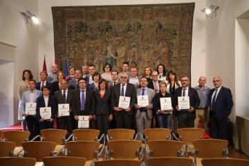 El Gobierno de Castilla-La Mancha ha firmado con 15 ayuntamientos de la región los convenios para la puesta en marcha de los espacios Adelante Autoempleo
