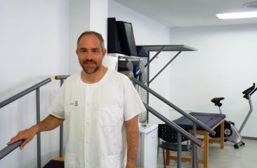 Un fisioterapeuta de Ciudad Real investiga la efectividad del tratamiento del síndrome del túnel carpiano con electrolisis percutánea