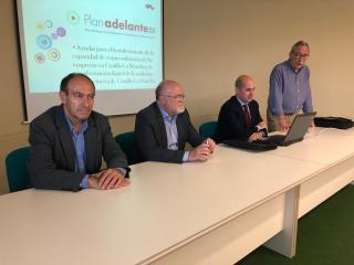 Reunión con el sector del calzado de Almansa para informar Plan Adelante