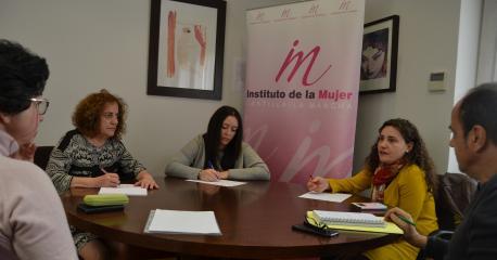 Firma convenios Instituto Mujer